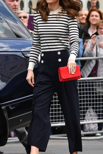 Kate Middleton - Outfit Bon Ton Cerimonia Fascia Media