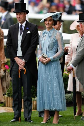 Kate Middleton - Outfit Bon Ton Cerimonia Lusso