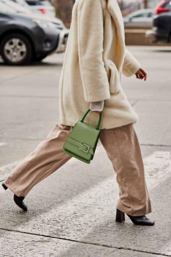 Outfit Donna - Chic Ufficio Fascia Media