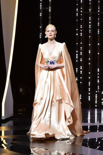 Elle Fanning - Outfit Chic Cerimonia Lusso