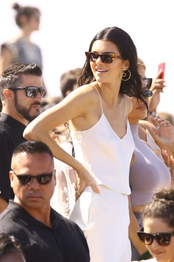 kendall jenner - Outfit Chic Festival Lusso