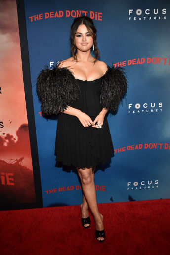 Selena Gomez - Outfit Chic Cerimonia Lusso