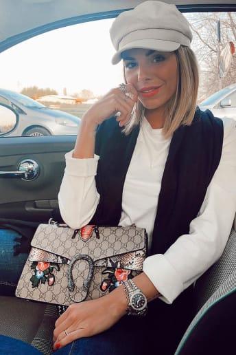 Paola Nina Gennaro - Outfit Bon Ton Viaggio Fascia Media