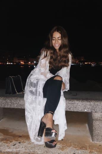 Rossella Dattolo - Outfit Trendy Spiaggia Fascia Media