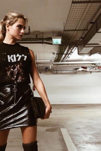 Cristina Marino - Outfit Rock Festival Fascia Media