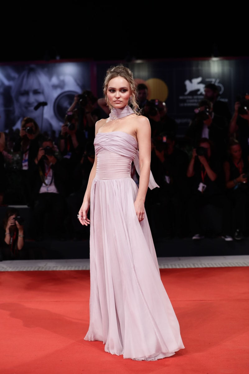 Lily Rose Depp in Chanel - Venezia the web coffee