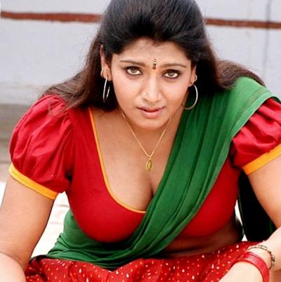 actress-bhuvaneswari-31_rn2a2c বিখ্যাত অভিনেত্রী যারা পতিতাবৃত্তির জগতে পা রেখেছেন