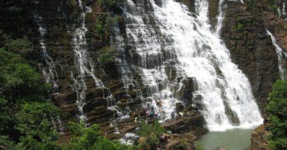 teerathgarh-falls-chhattisgarh-412x216_zvtvni ভারতের 10 স্থান যেখানে ভারতীয়দের প্রবেশ নিষিদ্ধ