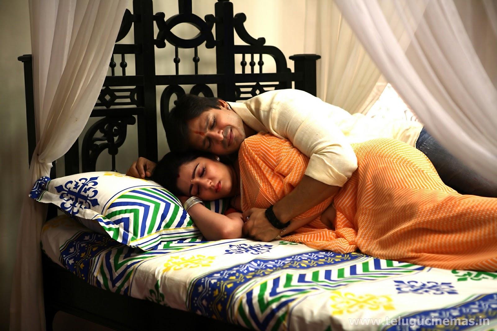 Charmi-romance-with-Vivek-Oberoi-in-Zilla-Ghaziabad-TeluguCinemas.in-2_lhrwiy কিভাবে বুঝবেন আপনার সঙ্গি সেক্সে ইচ্ছুক কি না ,জানুন