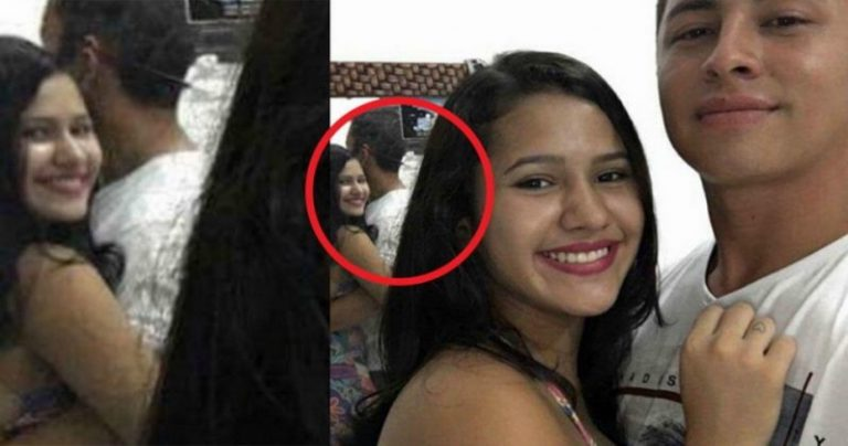 cute-couples-selfie-turns-creepy-00-798x420-768x404_1_enexhx এই দম্পতির সেলফিটি দেখলে আপনি চমকে যাবেন, আয়নার দিকে ভালোকরে দেখুন