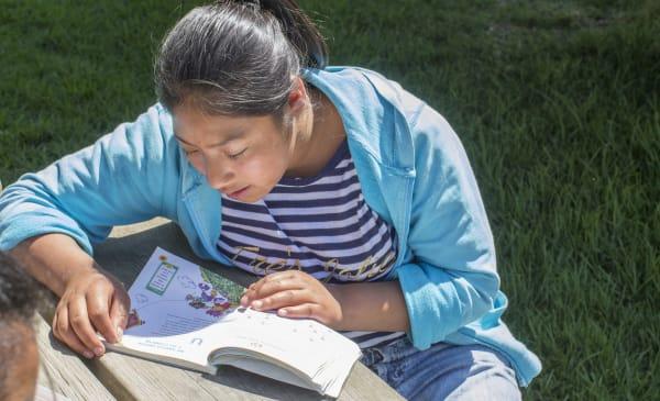 Casa Ester girl reading