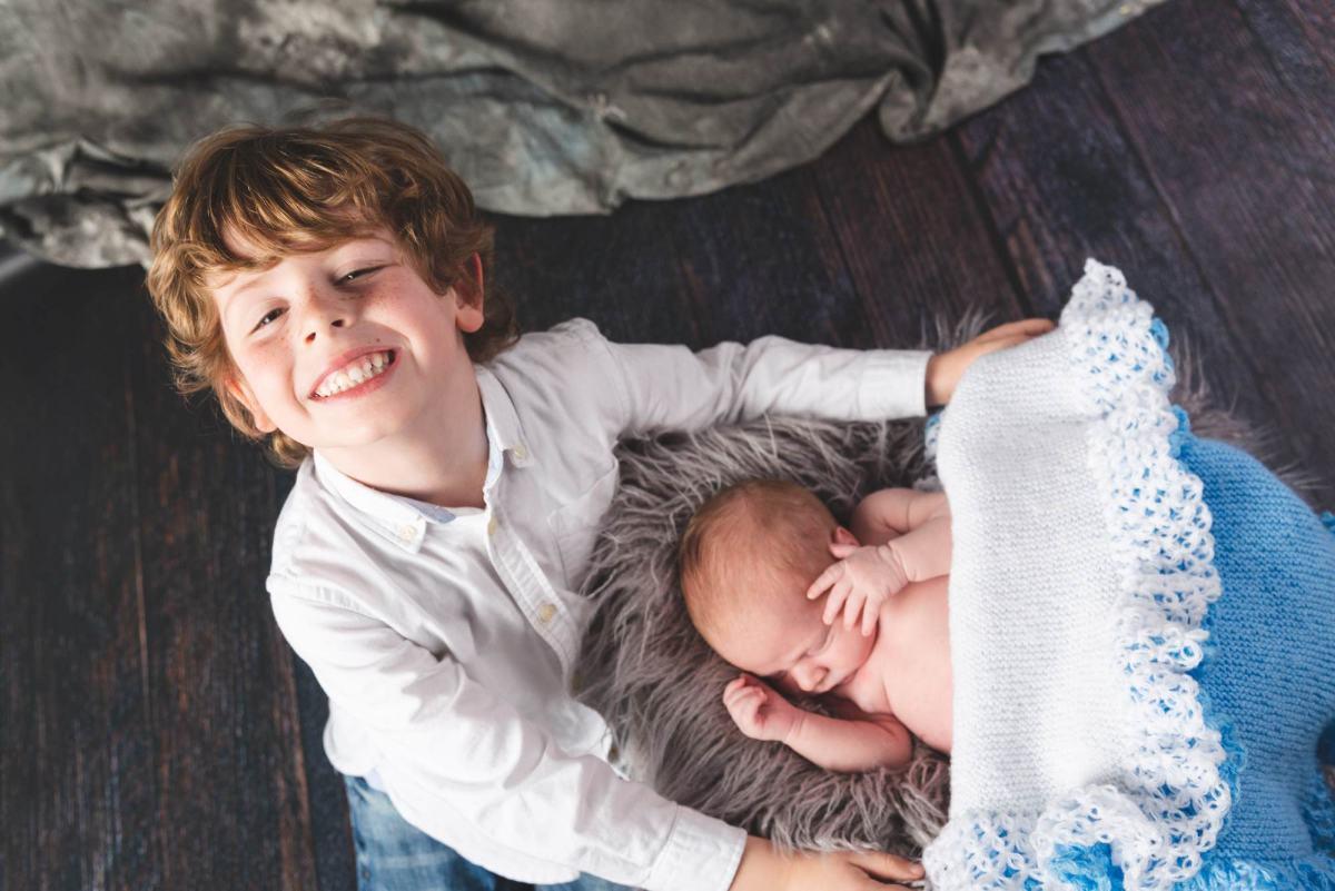 kidsfoto.es Pack premamá + new born. Sesión embarazo y recién nacido en Zaragoza. Fotografía de embarazo.