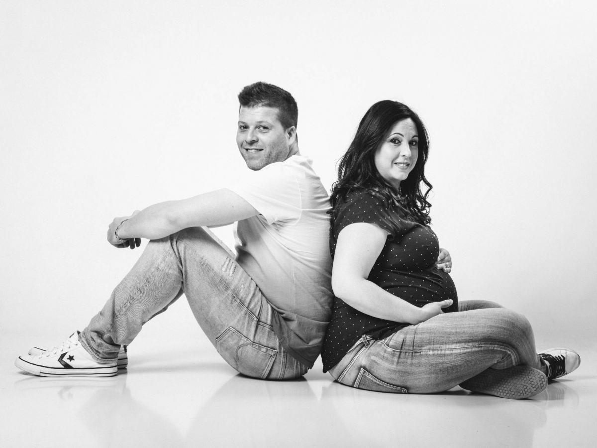 kidsfoto.es Sesión fotográfica Embarazo Premamá en Zaragoza. Fotografía de bebés