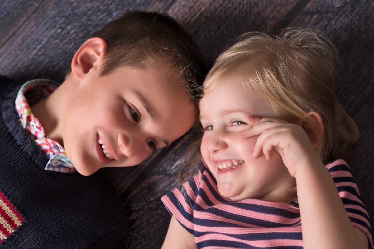 kidsfoto.es Reportaje infantil , fotografía de niños en Zaragoza. Fotografía infantil y familiar