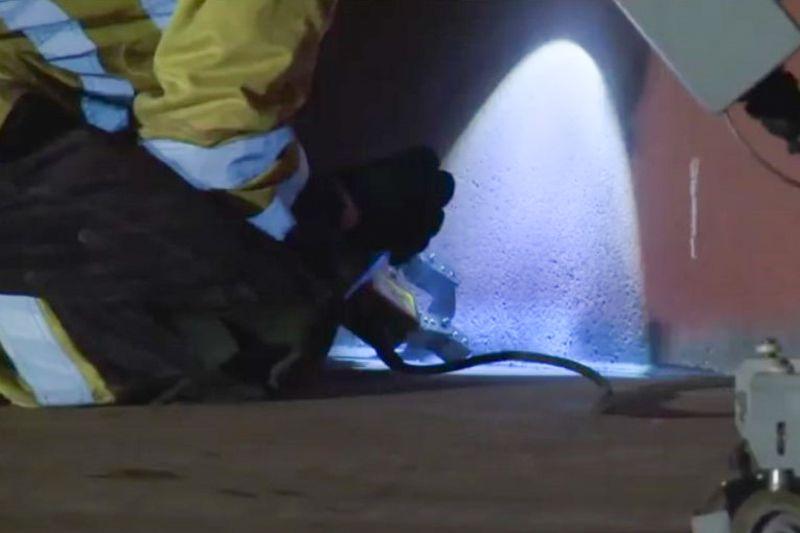 kiểm định bồn chứa xăng dầu. kiểm tra đường hàn bằng bột từ