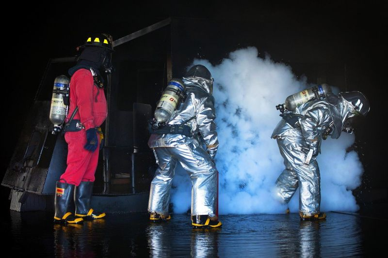 Huấn luyện an toàn nhóm 4 - An toàn chung
