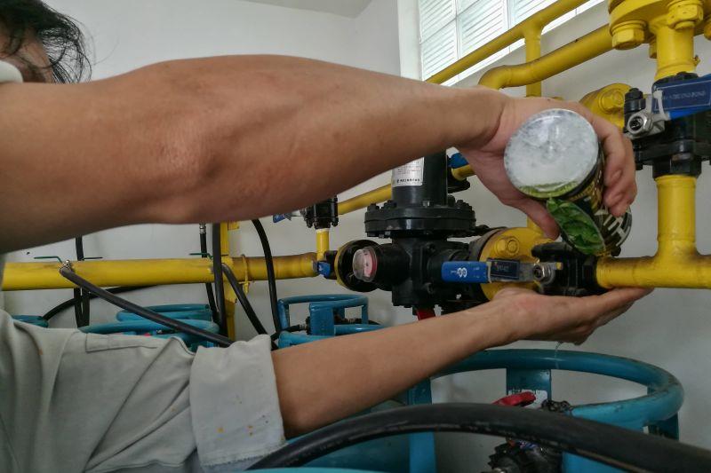 thử nghiệm đường ống gas bằng xà phòng