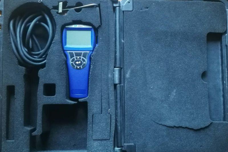 thiết bị đo áp suất dư cầu thang thoát hiểm