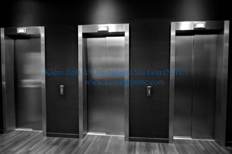 Quản lý và sử dụng thang máy