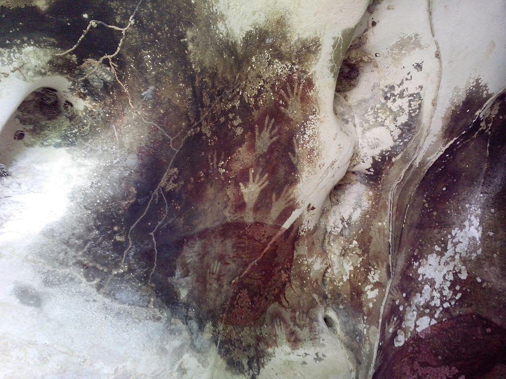 Hand Stencils Pettakere Cave Indonesia