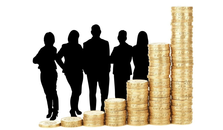 ई एम आई कम करें और नए लोन दें: कोरोना के विरुद्ध युद्ध में अब बारी बैंकों की