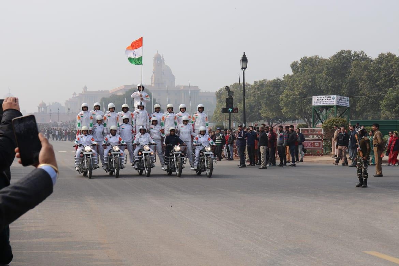 """""""हम भारत के लोग"""""""