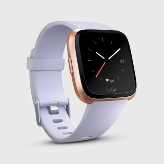 Fitbit Versa™ White Band/Black Aluminum Case EU