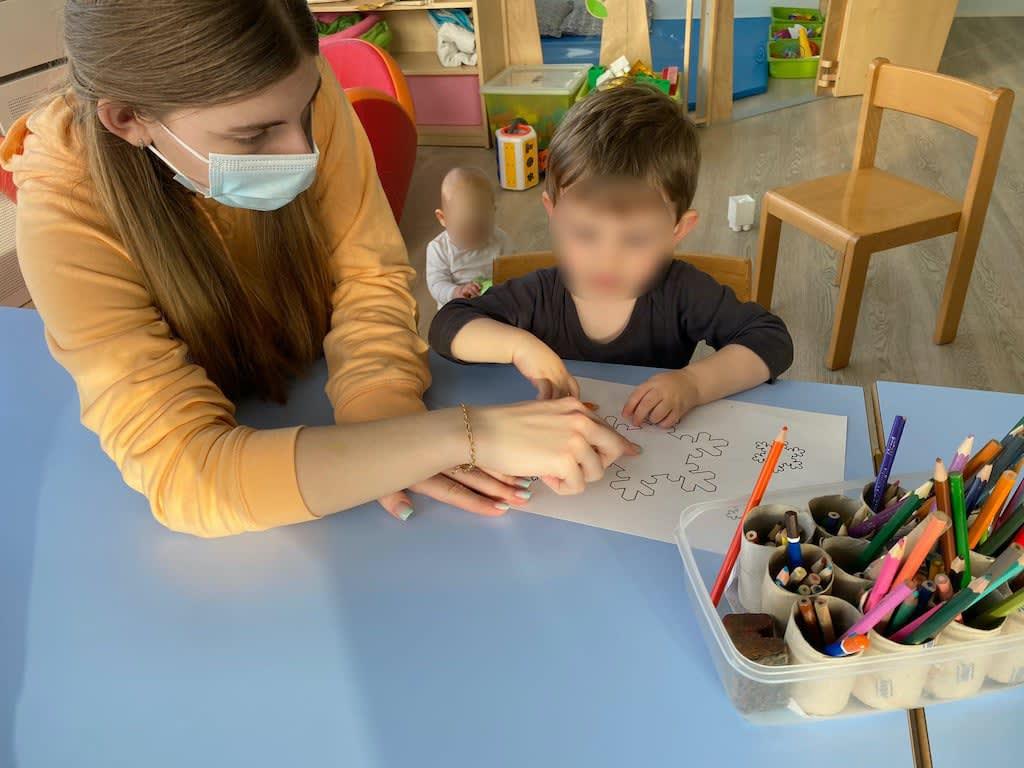 Schneeflocken ausmalen Kinderkrippe und WaldkinderkrippeBlluemli in Zuerich Witikon