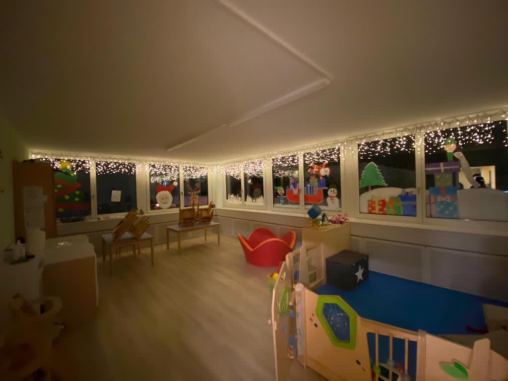 Unsere Weihnachtsdekoration Kinderkrippe und WaldkinderkrippeBlluemli in Zuerich Witikon