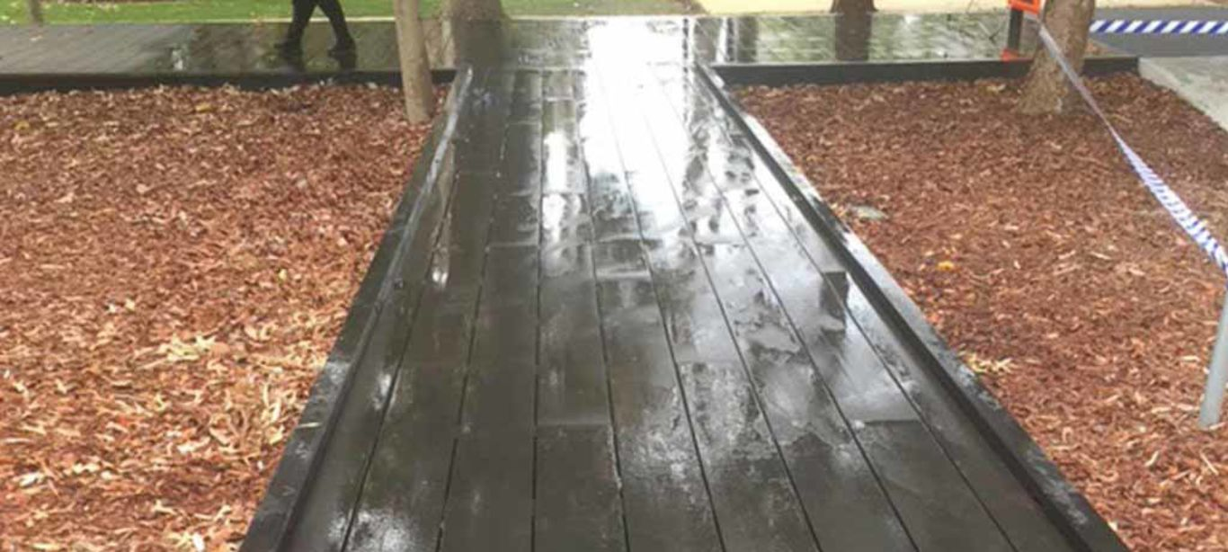 wooden-deck-cleaning-after