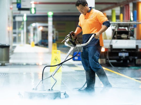 Kleenit is an expert in pressure cleaning for 30 years.
