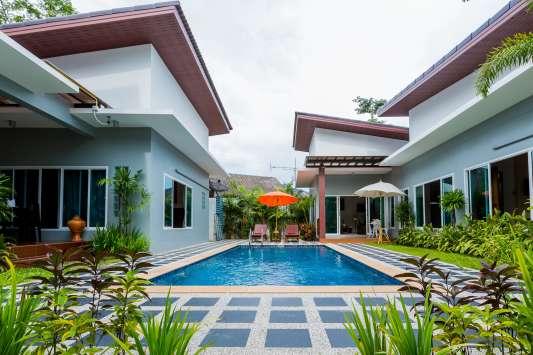 Irawan House Villa C