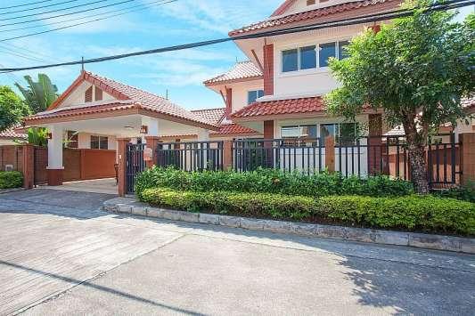 Timberland Villa 402
