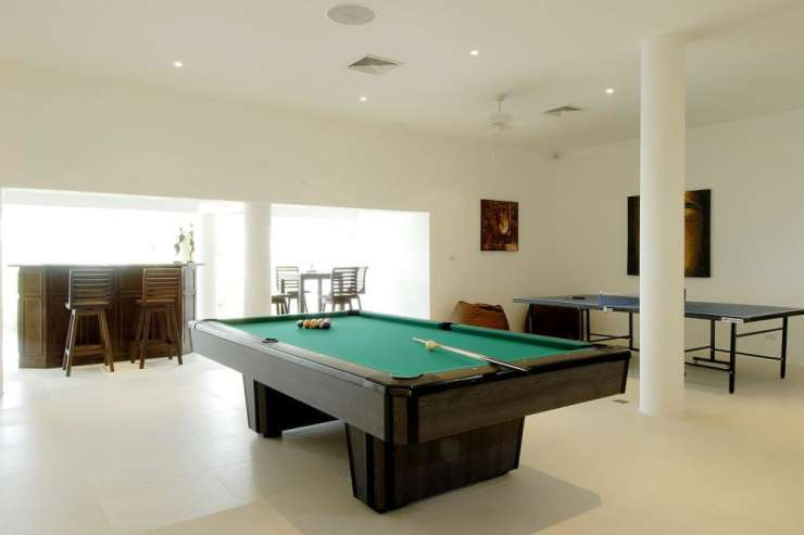 Andaman View (V02) - Games room, with pool table, bar area and table tennis table
