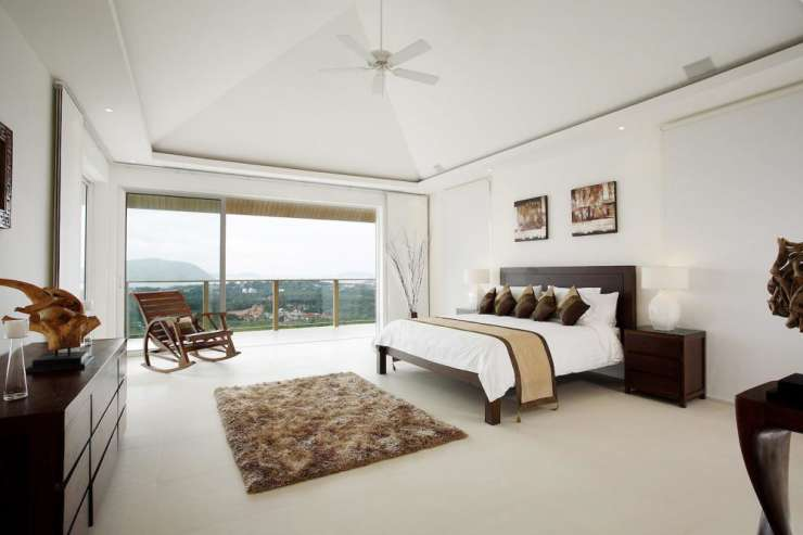 Andaman View (V02) - Spacious master bedroom with king-size bed and stunning sea views