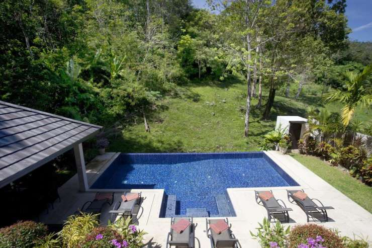 Sunstone Villa (V15) - 10 x 5 metre swimming pool and adjacent green valley