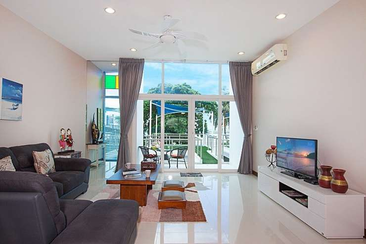 Bangsaray Beach House B - image gallery 10