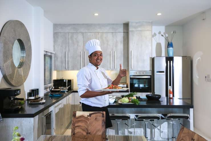 Shades of Blue - Allow the villa's private chef cook some of Thailand's finest dishes