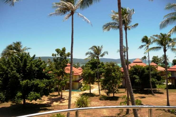 Shower of Sunshine - Ocean-views from the Balcony