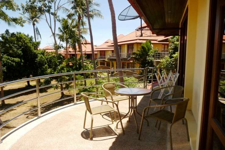 Shower of Sunshine - Outdoor Balcony area