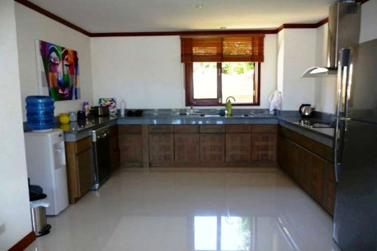 Shower of Sunshine - All the amenities offered with Shower of Sunshine