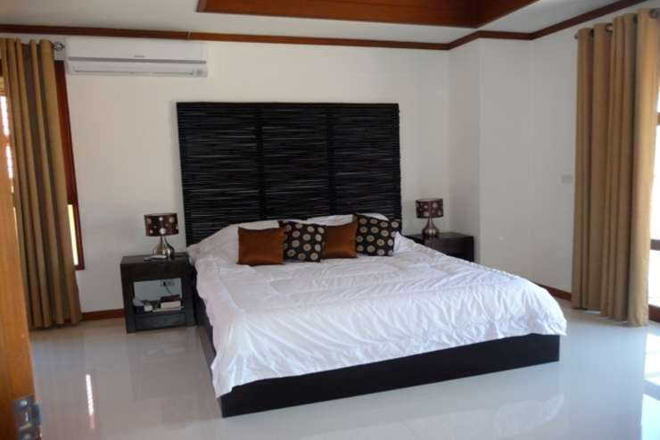 Shower of Sunshine - Spacious Master en-suite bedroom