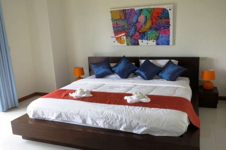 Shower of Sunshine - Spacious Bedroom 2  with king-sized bed
