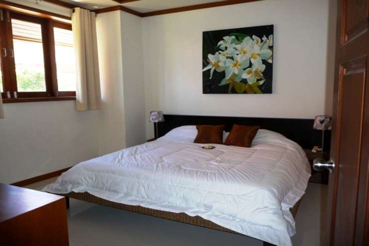 Shower of Sunshine - Spacious Bedroom 3 with queen-sized bed