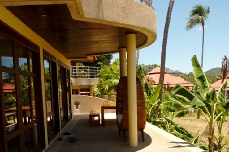 Shower of Sunshine - Ground Floor outside