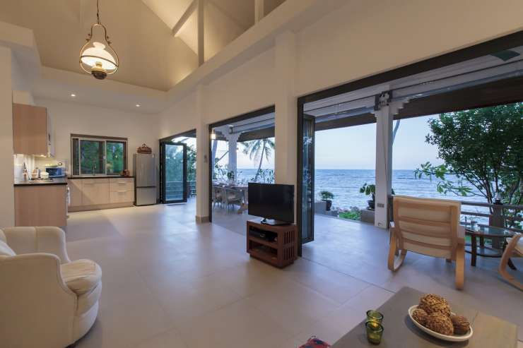 Tradewinds Beach House - image gallery 16