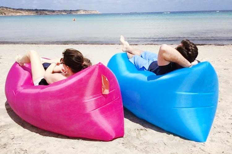 Lettino Gonfiabile Spiaggia.Lettino Gonfiabile Da Mare Quanto Ti Fa Risparmiare