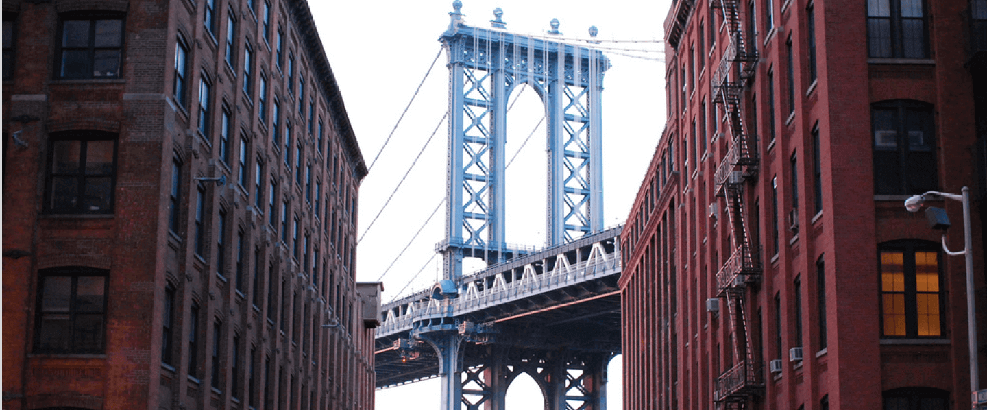 Luggage storage locations in Dumbo