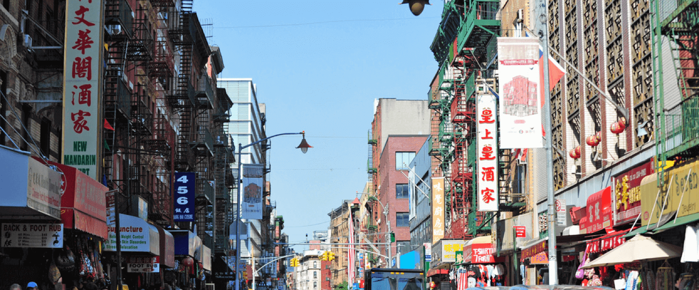 Luggage storage locations in Chinatown