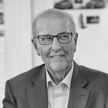 Obituary Egon König